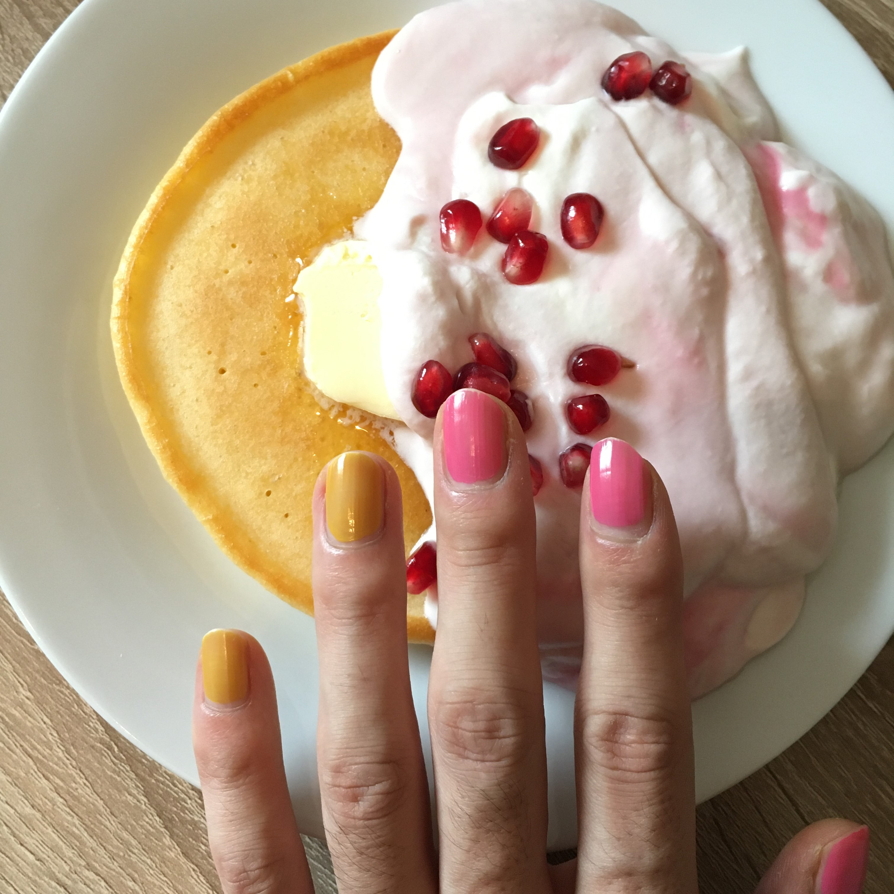 Pancake with pomegranate cream
